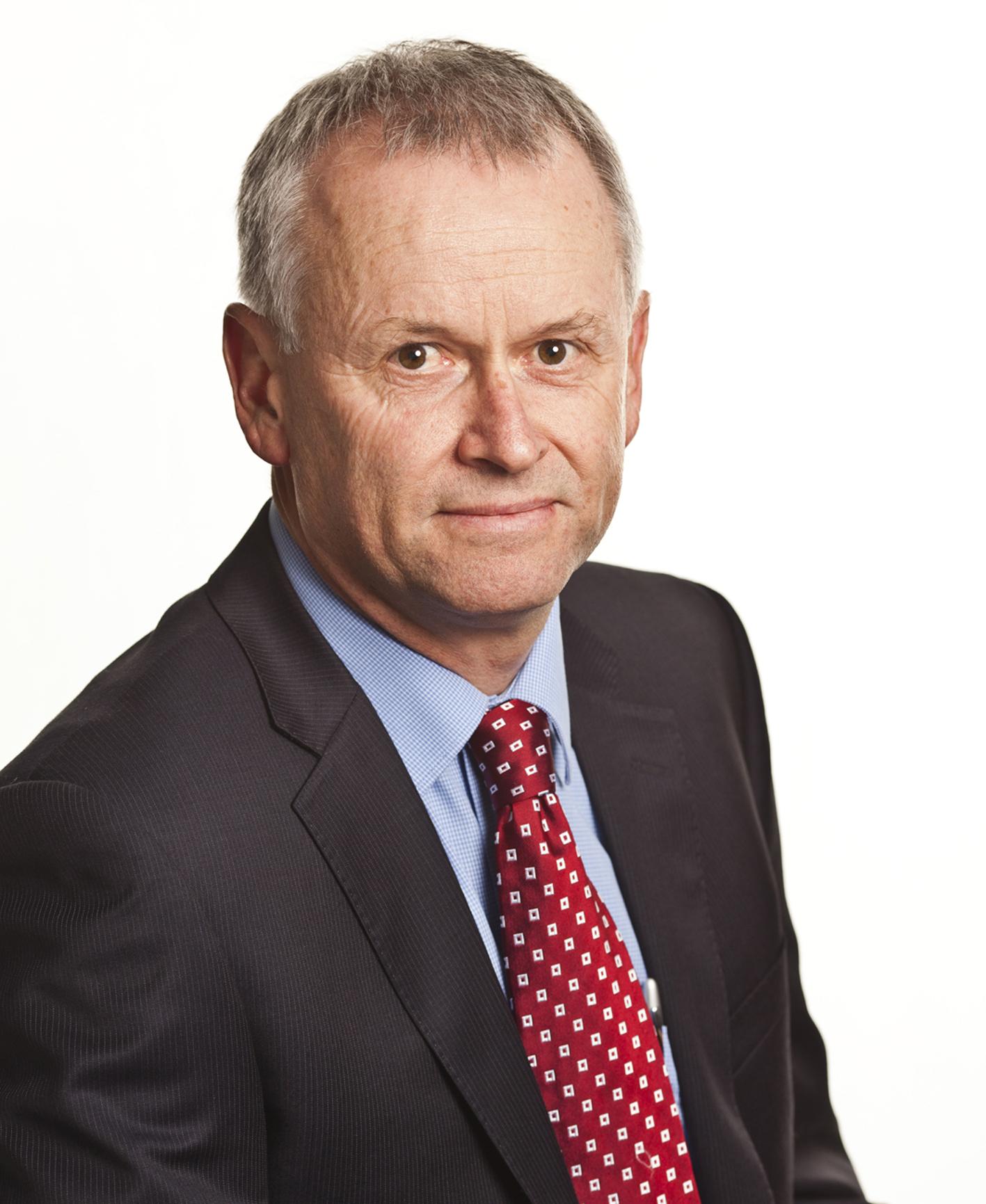Mr Brett Lambert